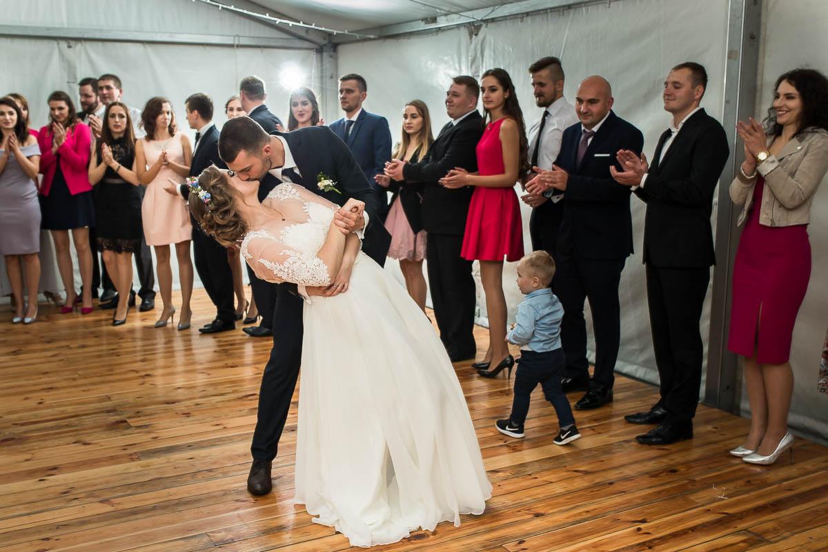 31-hej-wesele-pod-namiotem-tancowalo-MisterFoto.pl
