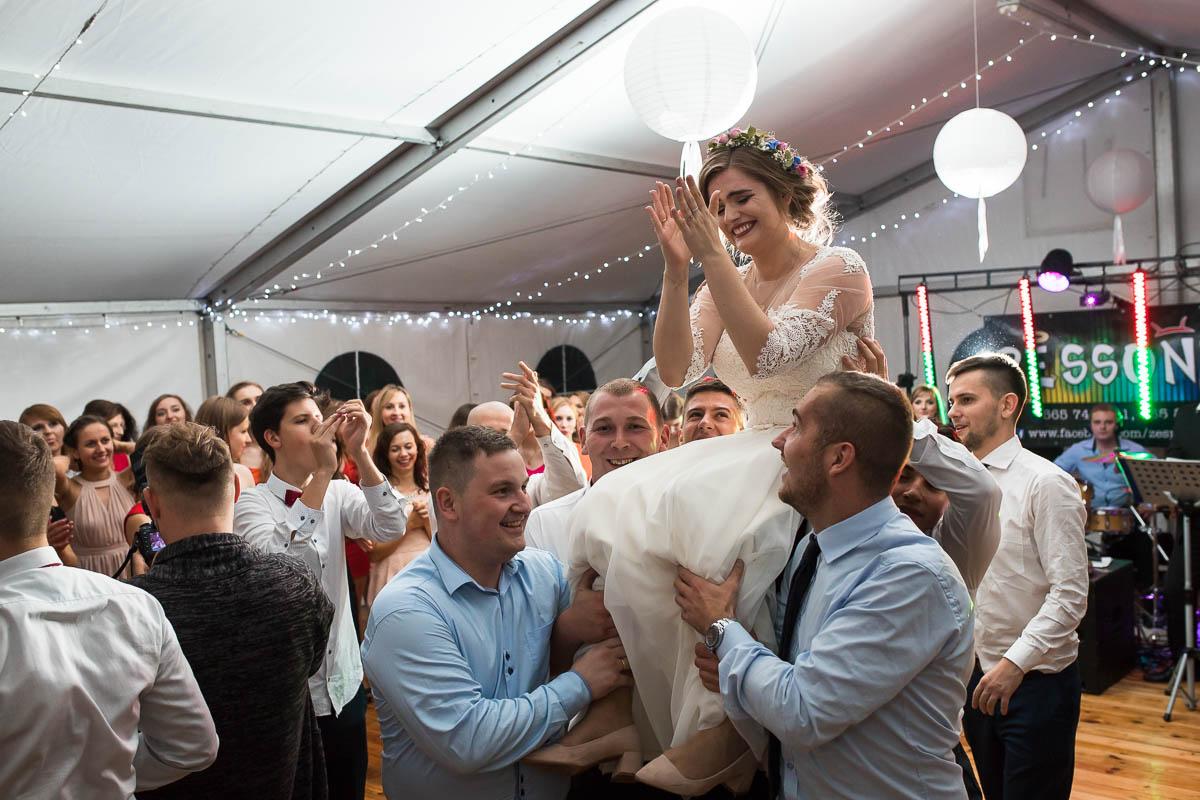 50-hej-wesele-pod-namiotem-tancowalo-MisterFoto.pl